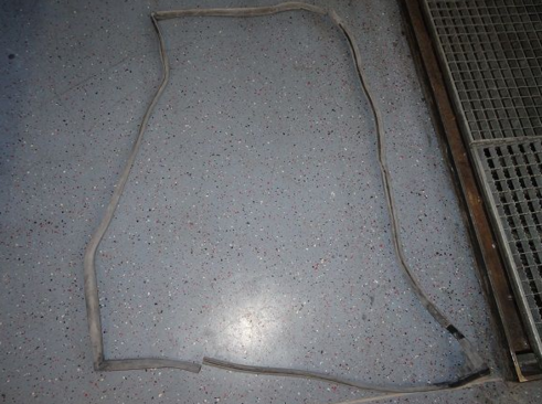 Door seal rear left